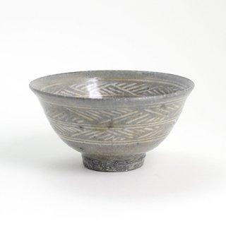 増田勉 彫三島飯碗 小 径12cm  高さ6.5cm