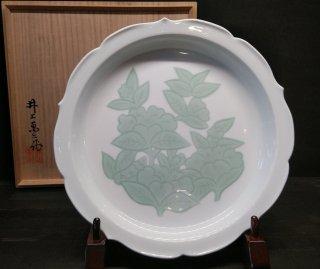 【人間国宝】井上萬二作 白磁緑釉椿彫文額皿
