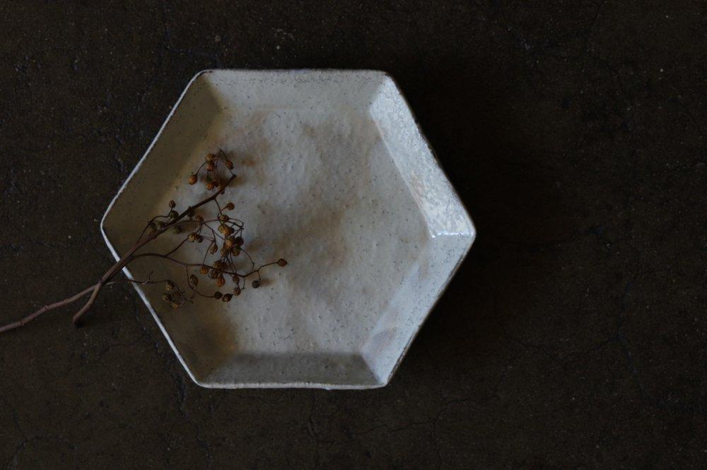 工藤和彦 白樺ホワイト 六角皿