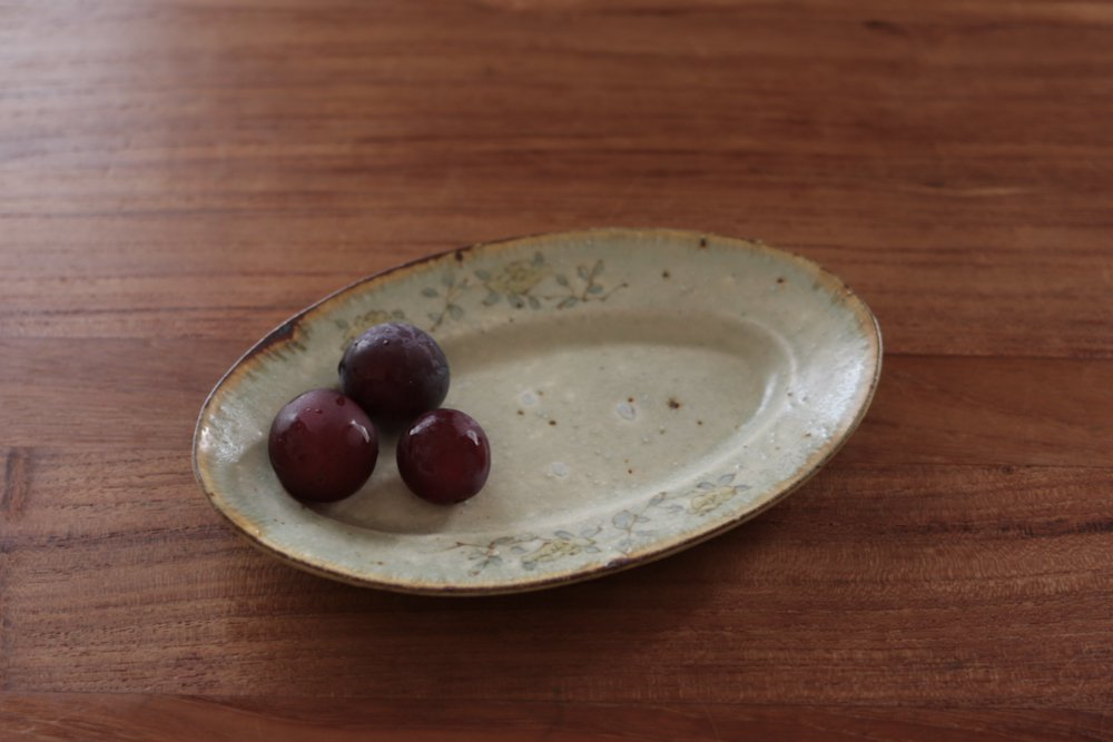 市野吉記 色安南手 楕円皿