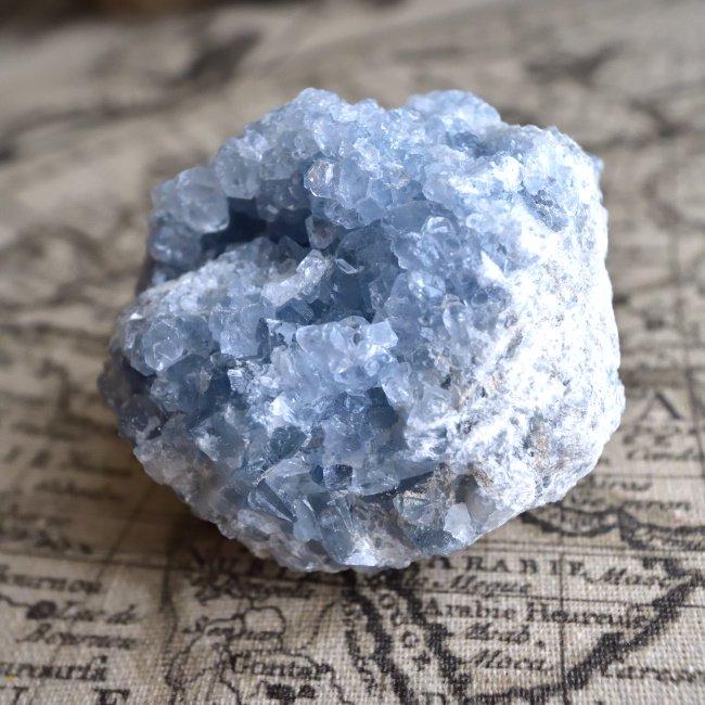セレスタイト・クラスター ビッグ モロッコ産 413g/ 原石・鉱物