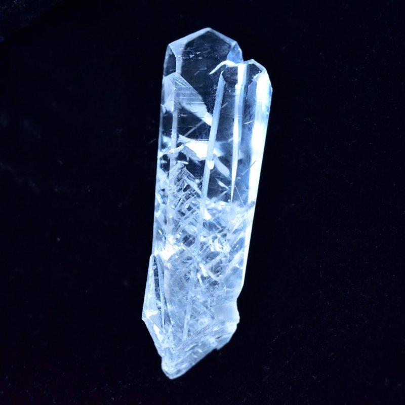セレナイト結晶 ツイン ブラジル・ミナスジェライス州産 10.2g/ 鉱物・結晶原石