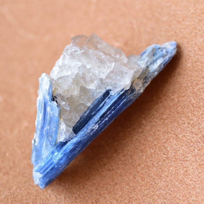 カイヤナイトwithクォーツ Blade ブラジル産 31g/ 鉱物・結晶原石