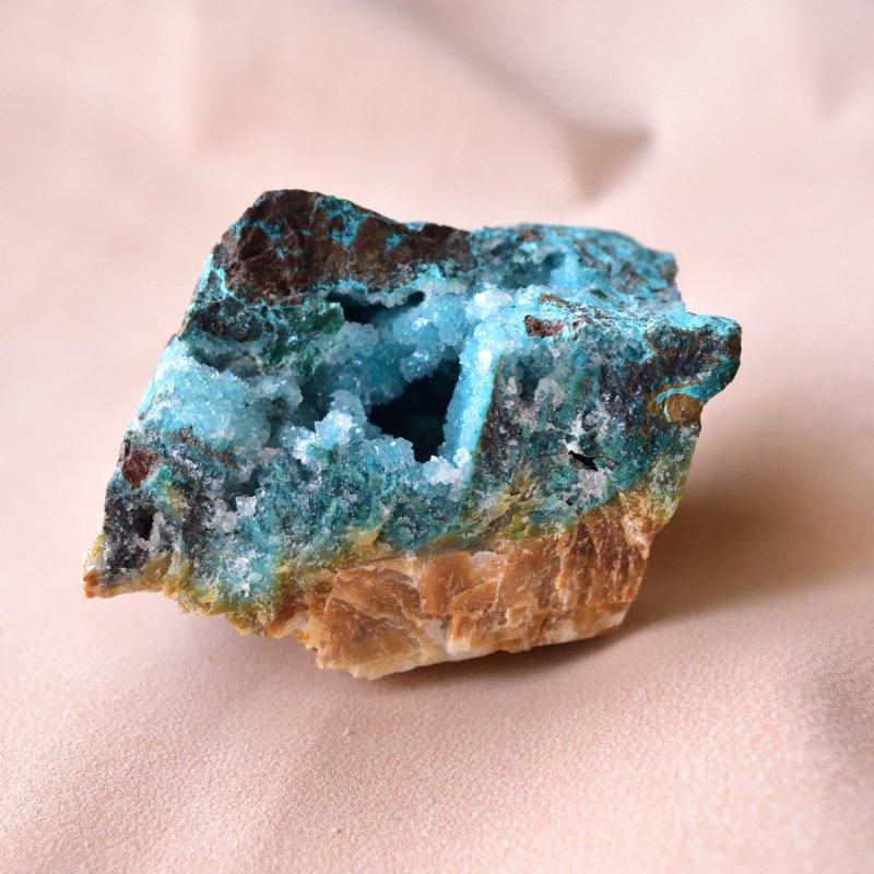 ジェムシリカ ドゥルージー ビッグ・ラフ 青い泉 ペルー産 522g/鉱物・結晶原石