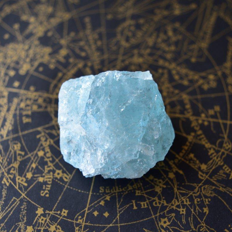 アクアマリン 鎮魂歌 ブラジル・ミナスジェライス州産 43g/ 鉱物・結晶原石