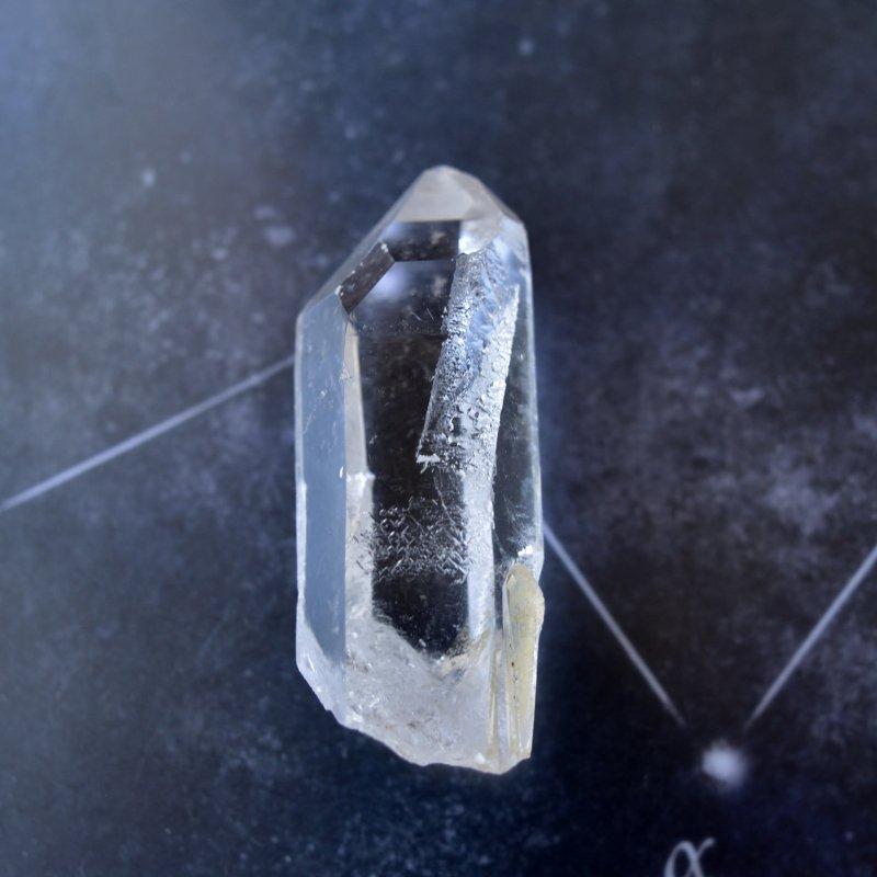 スターシード/スターブラリー・クォーツ Corinto ブラジル・ミナスジェライス州産 68g/ クリスタル・ポイント水晶