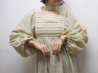 70s Cream Floral Balloon Sleeve Cotton Maxi Dress