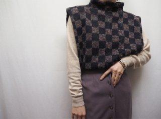 70s- Black Checkerd Pattern Side Open Knit Vest