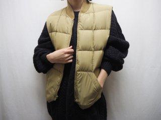 80s- Beige Shell Down Vest