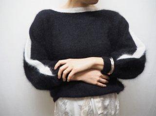 80s- Black White Angora Dolman Sleeve Knit Sweater