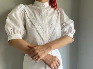 80s- White Eyelet Cotton Puff Sleeve Blouse