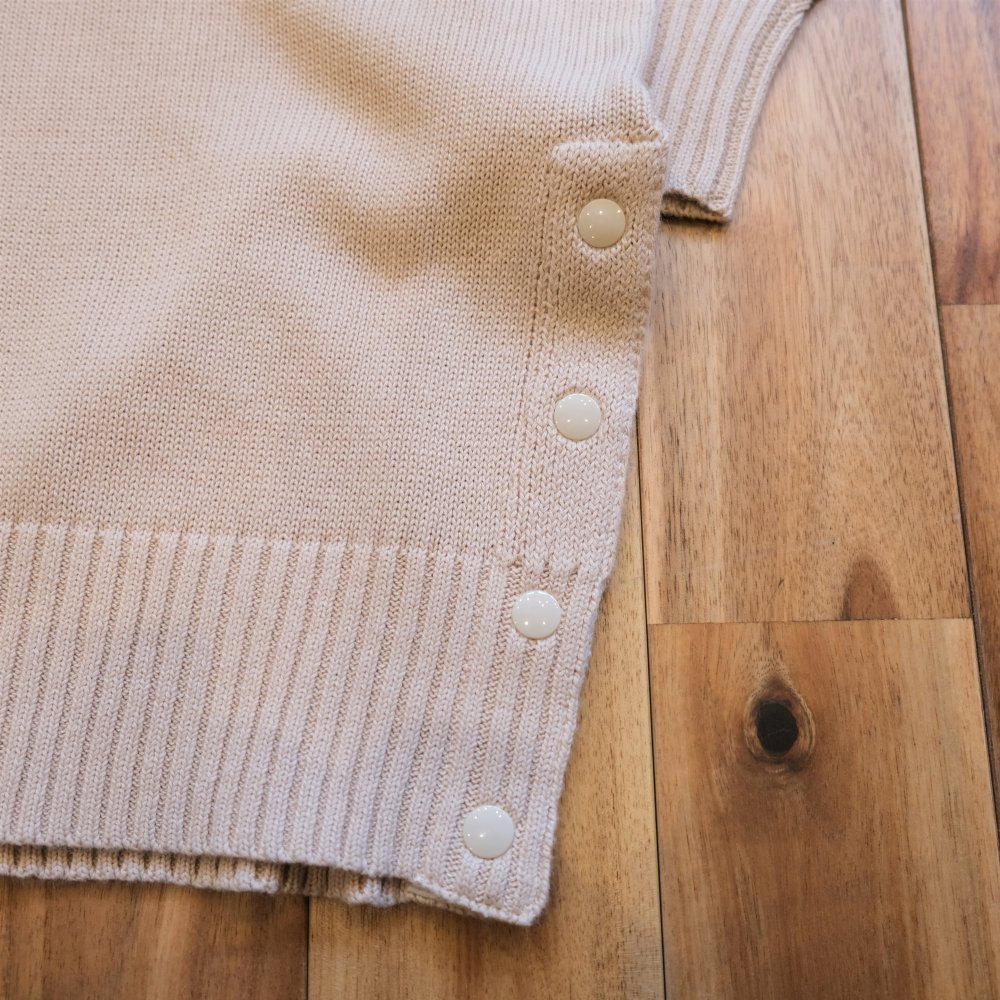 <img class='new_mark_img1' src='https://img.shop-pro.jp/img/new/icons3.gif' style='border:none;display:inline;margin:0px;padding:0px;width:auto;' />Black Weirdos ブラックウィドー / ニット Print Linen Sweater