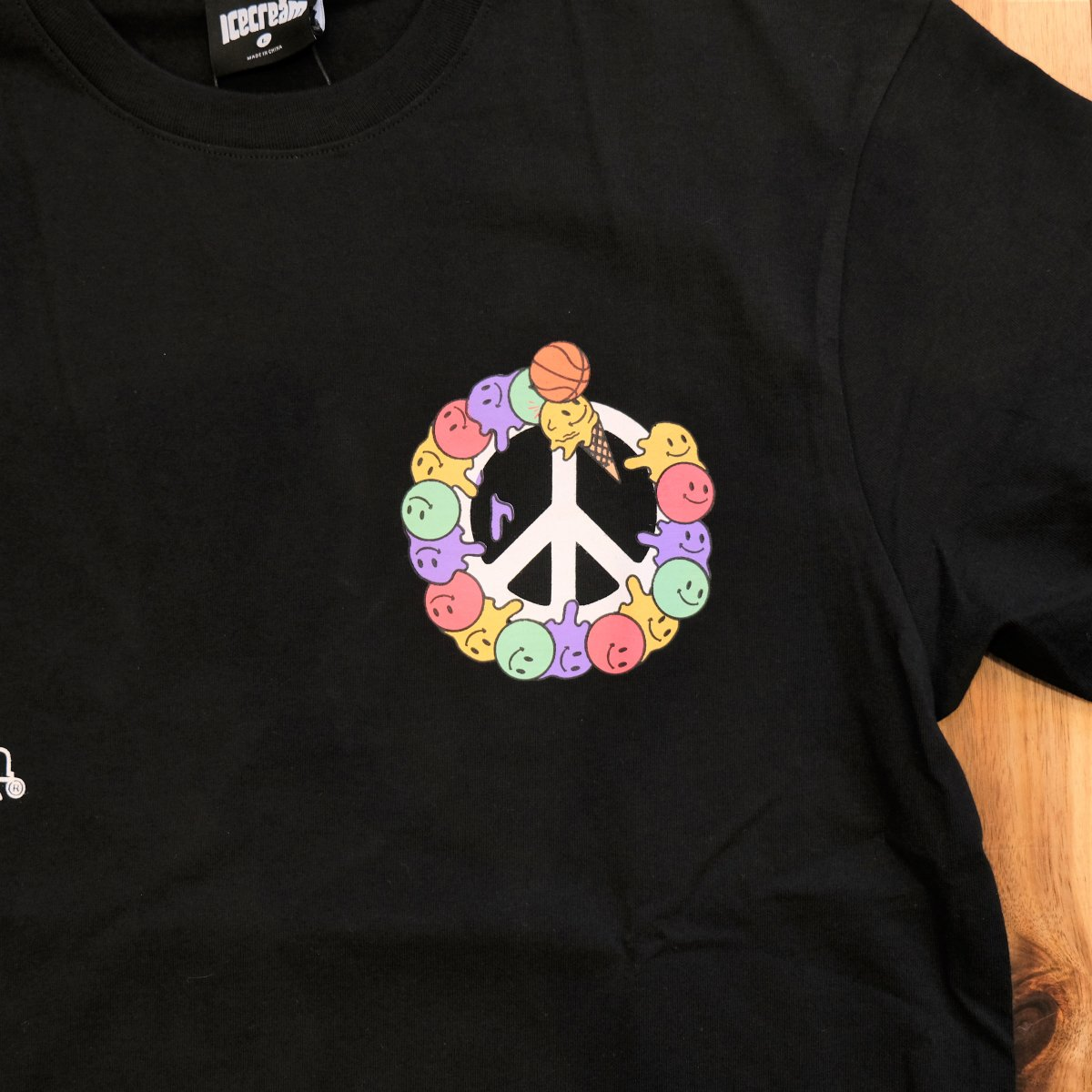 <img class='new_mark_img1' src='https://img.shop-pro.jp/img/new/icons3.gif' style='border:none;display:inline;margin:0px;padding:0px;width:auto;' />ICE CREAM アイスクリーム / Tシャツ PEACE T-SHIRT 【BLACK】