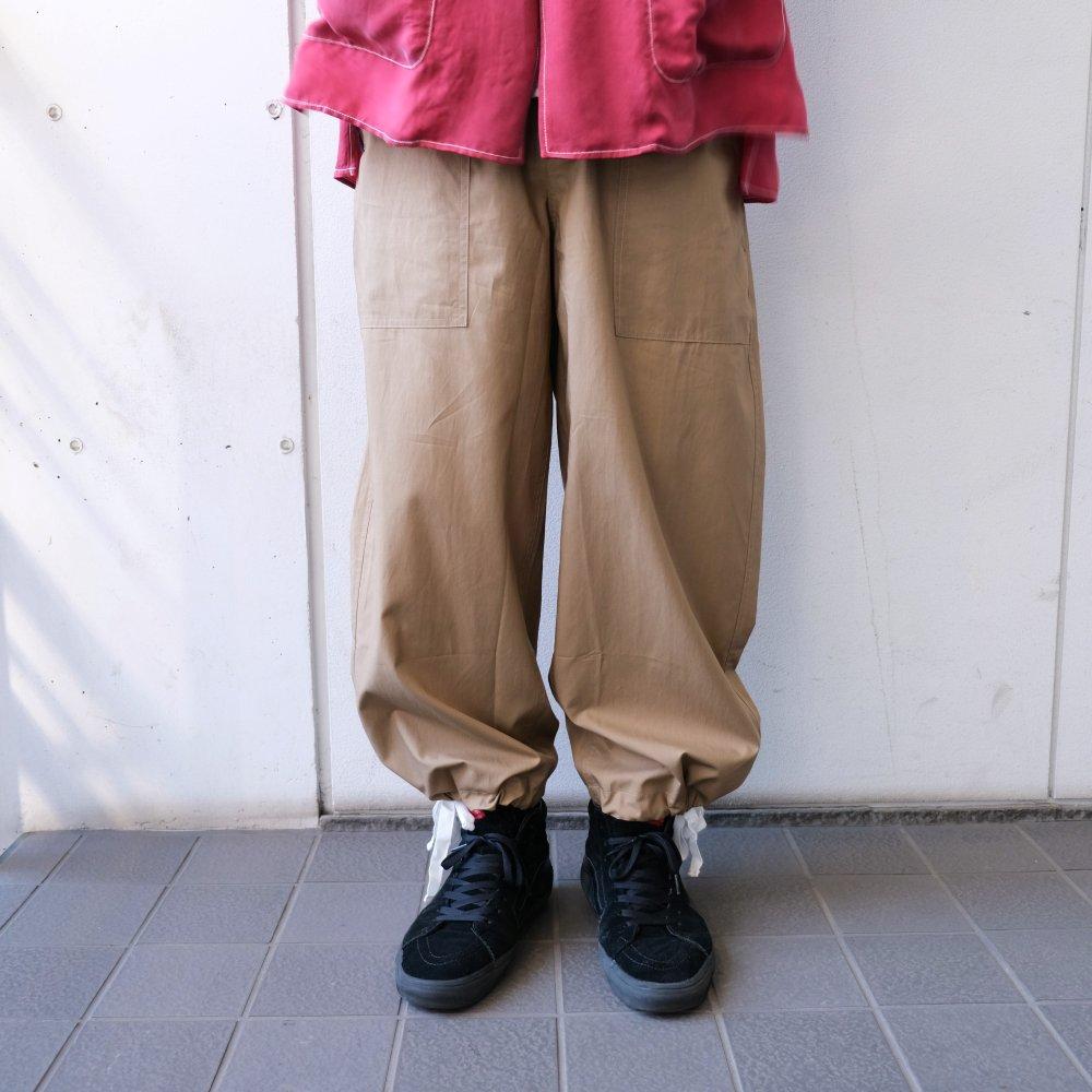 <img class='new_mark_img1' src='https://img.shop-pro.jp/img/new/icons3.gif' style='border:none;display:inline;margin:0px;padding:0px;width:auto;' />Black weirdos  ブラック ウィドー / パンツ Big Army Pants