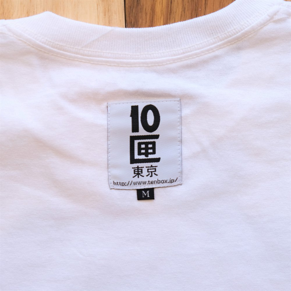 <img class='new_mark_img1' src='https://img.shop-pro.jp/img/new/icons3.gif' style='border:none;display:inline;margin:0px;padding:0px;width:auto;' />TENBOX テンボックス / Tシャツ MOTH TEE