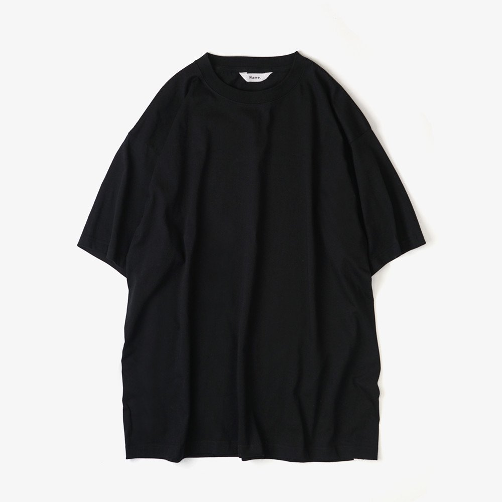 <img class='new_mark_img1' src='https://img.shop-pro.jp/img/new/icons3.gif' style='border:none;display:inline;margin:0px;padding:0px;width:auto;' />Name.  ネーム / Tシャツ HALF SLEEVE PRINT TEE