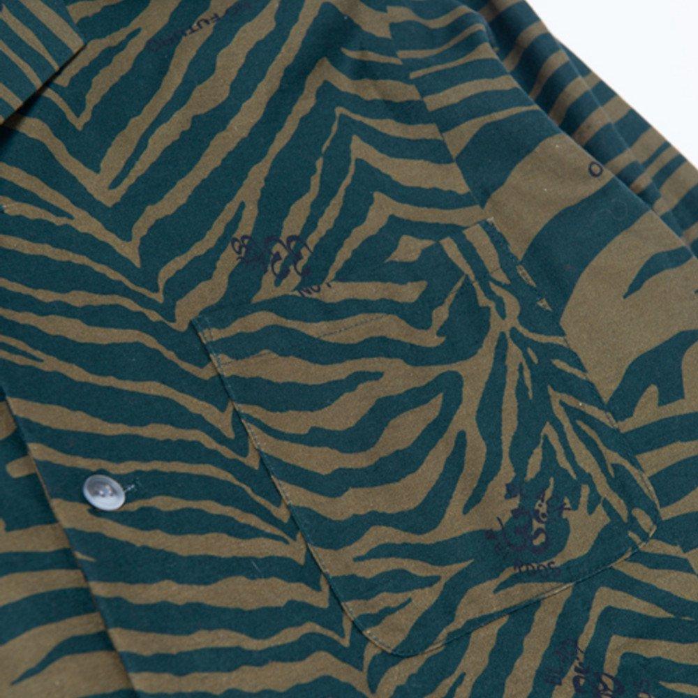 <img class='new_mark_img1' src='https://img.shop-pro.jp/img/new/icons3.gif' style='border:none;display:inline;margin:0px;padding:0px;width:auto;' />Black Weirdos ブラックウィドー / シャツ Zebra Open Collar Shirt