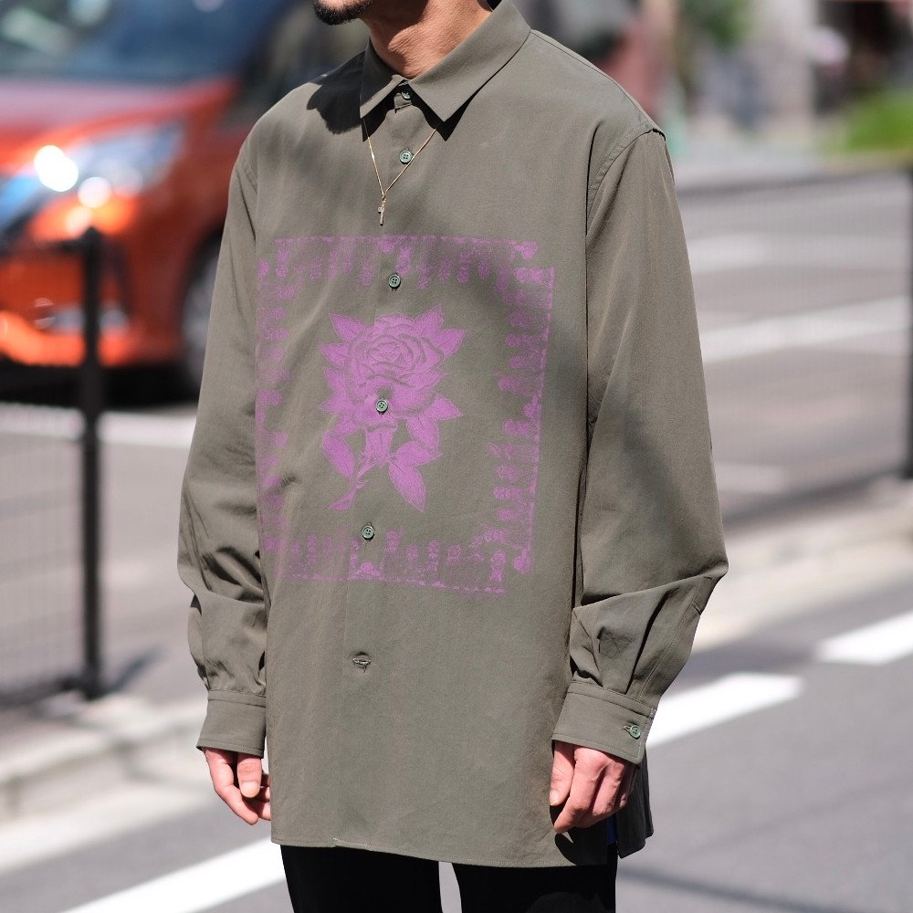 <img class='new_mark_img1' src='https://img.shop-pro.jp/img/new/icons3.gif' style='border:none;display:inline;margin:0px;padding:0px;width:auto;' />Black Weirdos ブラックウィドー / シャツ Bandana Shirt