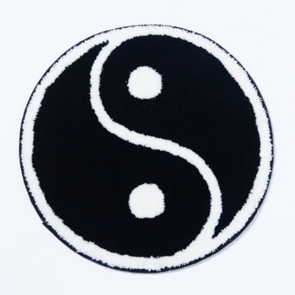 <img class='new_mark_img1' src='https://img.shop-pro.jp/img/new/icons3.gif' style='border:none;display:inline;margin:0px;padding:0px;width:auto;' />Black Weirdos ブラックウィドー /  ラグ  YinYin Rug