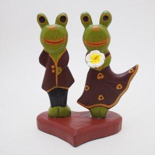カエルのカップル