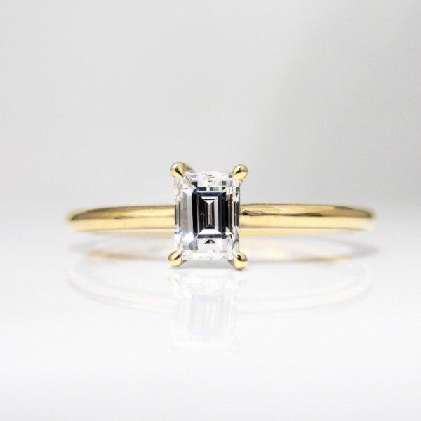 K18YG C-LINE ダイヤモンドリング D 0.326ct E-VS2
