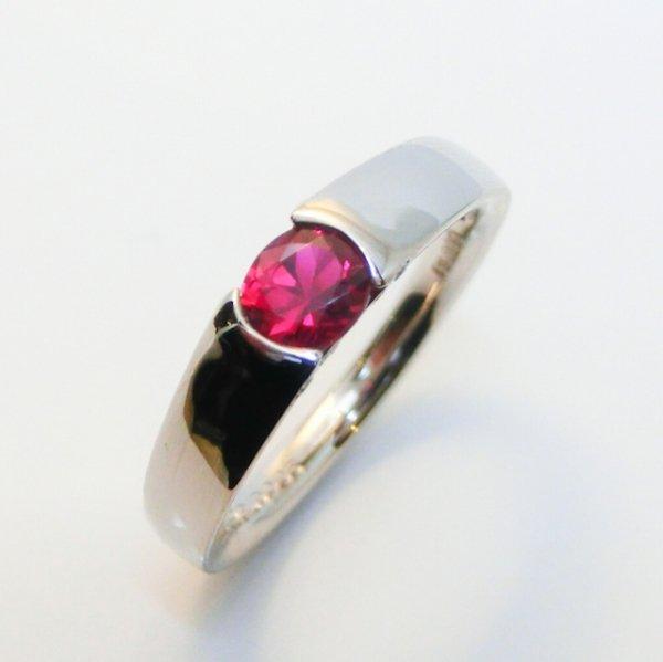 ミャンマー産ルビー ダイヤモンドリング R 0.472ct D 0.06ct Pt900