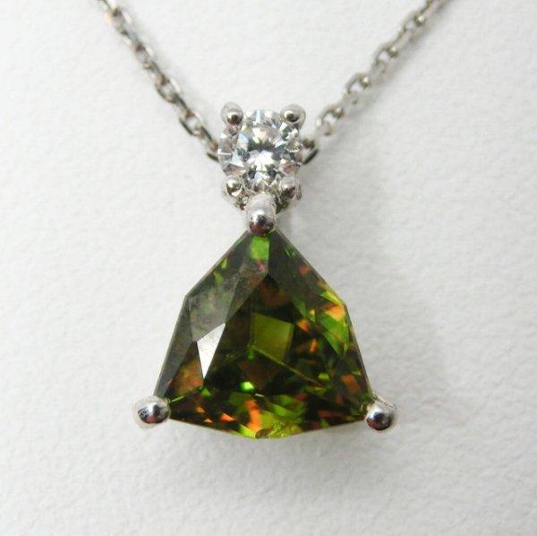 トリリアントスフェーン ダイヤモンドネックレス SH 1.06ct D 0.08ct 40cm Pt900