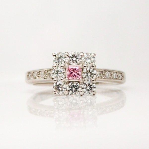 ファンシーインテンスパープリッシュピンク H&Cダイヤモンドリング D 0.081ct FIPP-SI2 D 0.44ct Pt900 中央宝石研究所ソーティング付