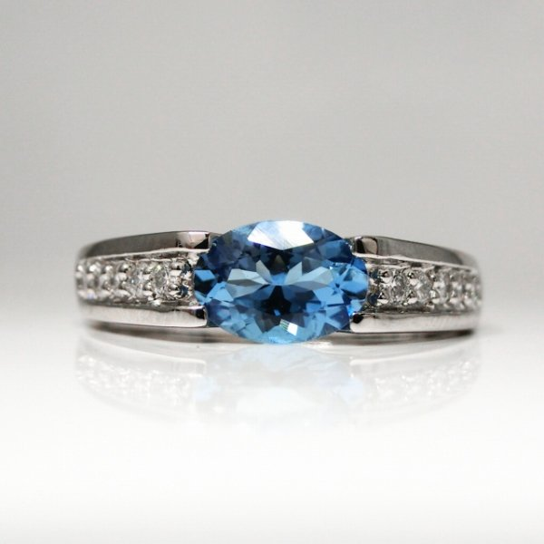 サンタマリアアクアマリン H&Cダイヤモンドリング AQ 0.577ct D 0.11ct Pt900 GGSJ鑑別書付