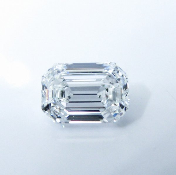 フローレスダイヤモンドルース D 0.573ct D-FL AGT鑑定書付 【即納】