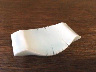 竜山窯 青白磁箸置