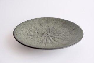 萩見窯 鉄釉蓮葉皿