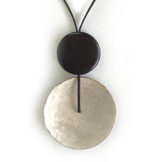 N-185s 銅斑紋 円ならびネックレス銀