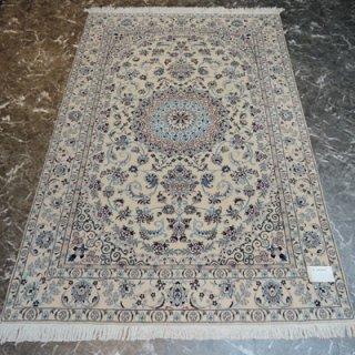 ペルシャ絨毯 Mサイズ(200cm×127cm) ナイン産  10729