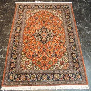 ペルシャ絨毯 Sサイズ(150cm×107cm) クム産  3199