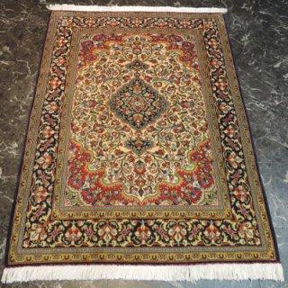 ペルシャ絨毯 Sサイズ(152cm×104cm) クム産  1209