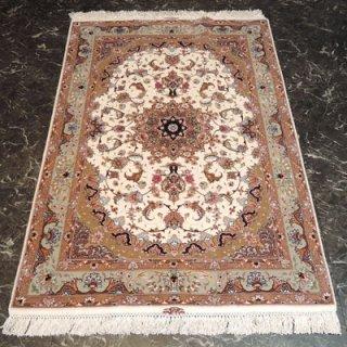 ペルシャ絨毯 Sサイズ(154cm×102cm) タブリーズ産  A172