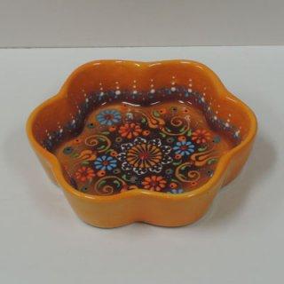 ニメットさんのキュタフヤ陶器 (花型浅皿ボウル S イエロー01)