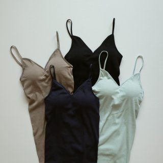 <img class='new_mark_img1' src='https://img.shop-pro.jp/img/new/icons14.gif' style='border:none;display:inline;margin:0px;padding:0px;width:auto;' />bra cup camisole
