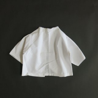 <img class='new_mark_img1' src='https://img.shop-pro.jp/img/new/icons14.gif' style='border:none;display:inline;margin:0px;padding:0px;width:auto;' />baby blouse 2