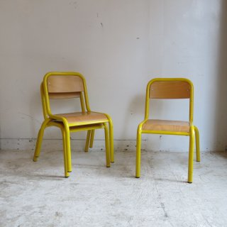 <img class='new_mark_img1' src='https://img.shop-pro.jp/img/new/icons14.gif' style='border:none;display:inline;margin:0px;padding:0px;width:auto;' />school chair - yellow
