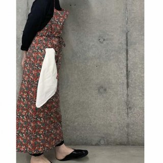 <img class='new_mark_img1' src='https://img.shop-pro.jp/img/new/icons14.gif' style='border:none;display:inline;margin:0px;padding:0px;width:auto;' />liberty apron for women