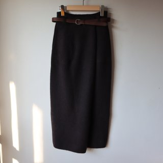 <img class='new_mark_img1' src='https://img.shop-pro.jp/img/new/icons14.gif' style='border:none;display:inline;margin:0px;padding:0px;width:auto;' />blueface&cashmere belted skirt - dark brown