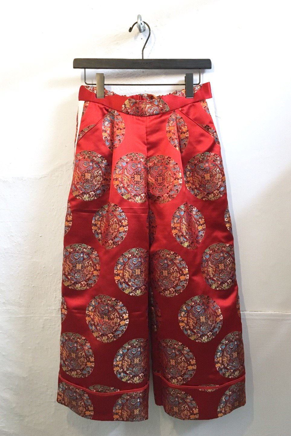 WIDE PANTS  -RED CIRCLE-