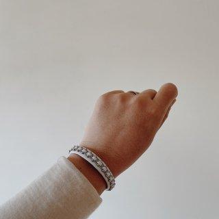Takku サーミブレスレットS(ホワイト革*ビーズ*錫糸)