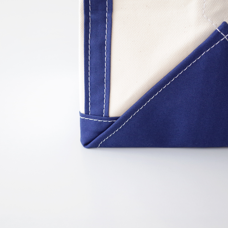 TEMBEA テンベア Book Tote Medium Natural / Navy