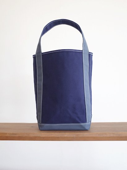 TEMBEA  Baguette Tote - Navy / Smoky Blue