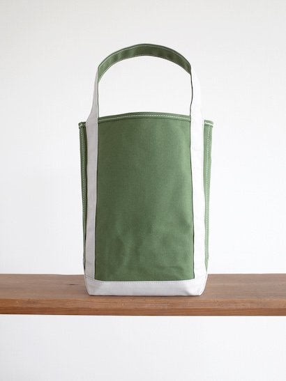 TEMBEA  Baguette Tote - New Olive / Lt Gray