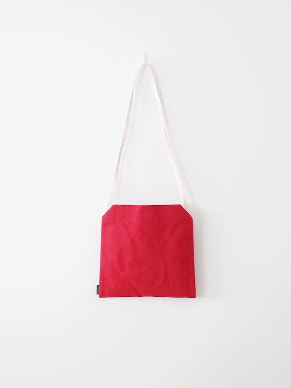 <img class='new_mark_img1' src='https://img.shop-pro.jp/img/new/icons21.gif' style='border:none;display:inline;margin:0px;padding:0px;width:auto;' />【30%OFF】TEMBEA Envelope Bag Wool - Red