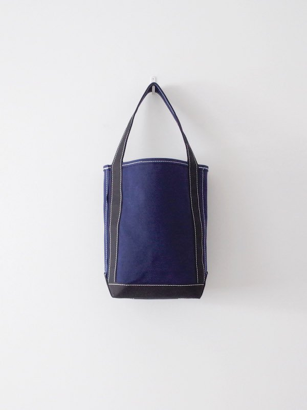 TEMBEA Baguette Tote Small - Navy / Black